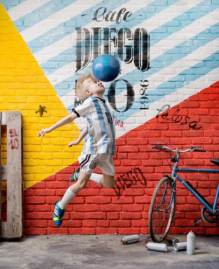 cafe_diego_football_player_3